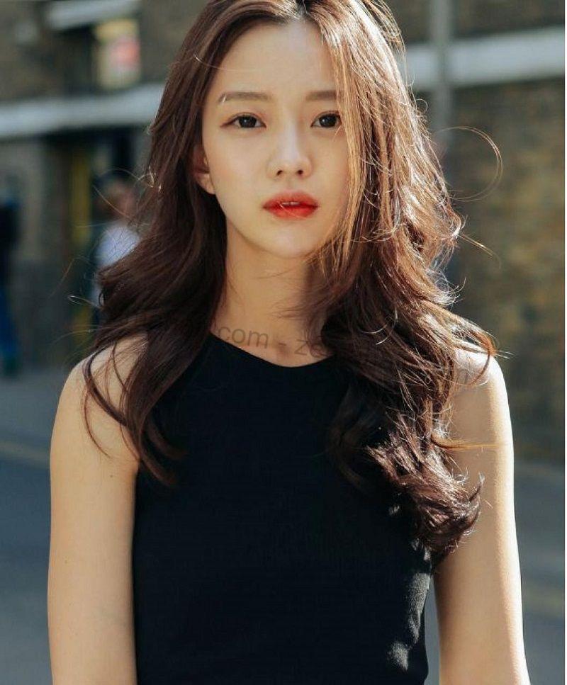 Ngọt ngào với tóc xoăn lọn to Hàn Quốc
