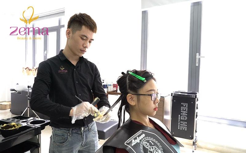 Quy trình uốn tóc tại Zema Hair chuyên nghiệp