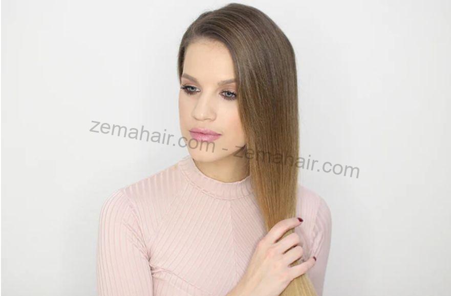 Vén toàn bộ tóc qua một bên đễ bắt đầu tết tóc đuôi cá