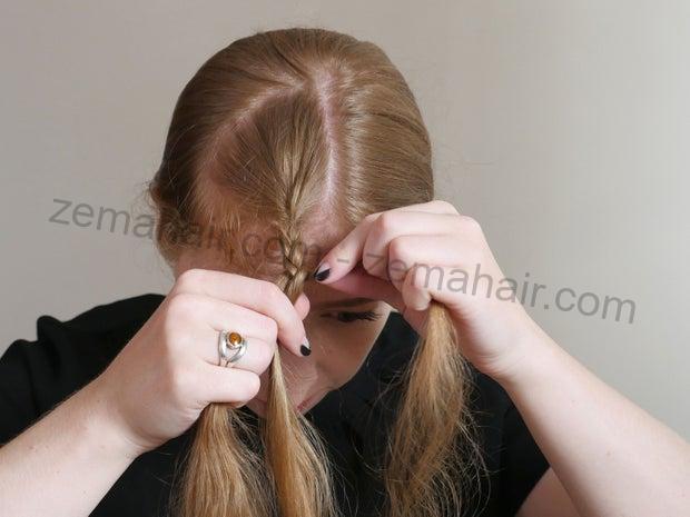Lặp lại các phần tóc đan chéo nhau một lần nữa