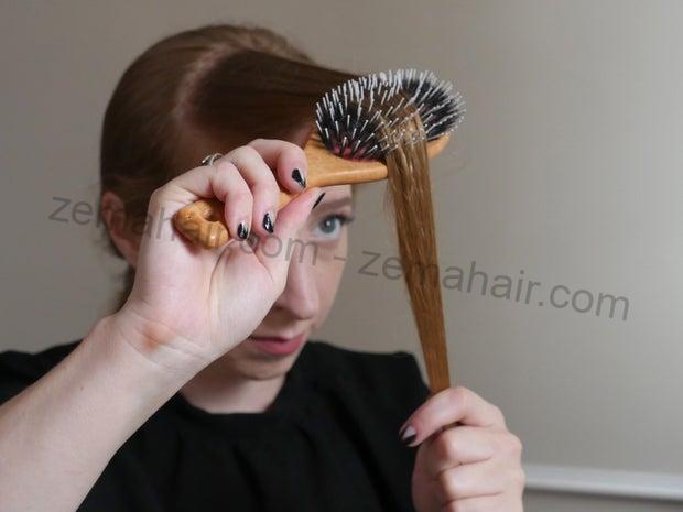 Dùng lược chải tóc để tóc mượt mà