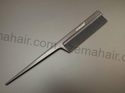 Chuẩn bị một chiếc lược để tết tóc