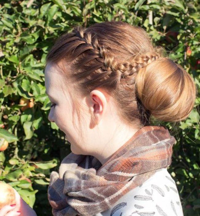 Sự kết hợp hoàn hảo giữa tóc búi và tóc tết