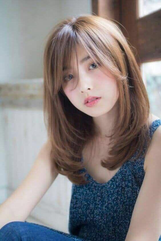 Kiểu tóc vừa hiện đại vừa dịu dàng nữ tính nhờ màu tóc làm bât tone da