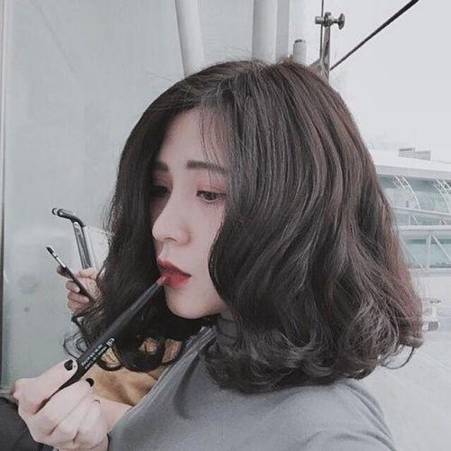 Tóc bồng bềnh xinh chuẩn Hàn cho các cô nàng tóc ngag vai