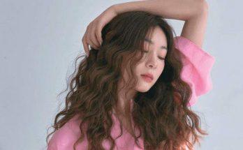 Kiểu tóc xoăn sóng xù nổi bật