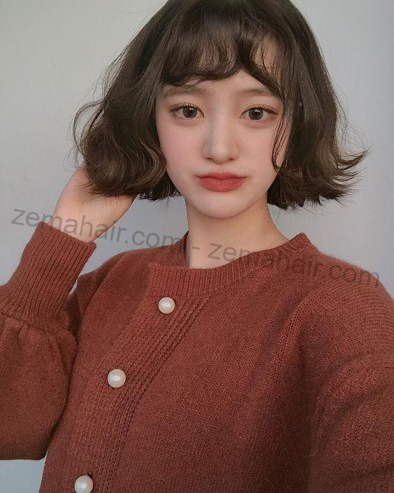 Tóc ngắn xoăn nhẹ đáng yêu, nữ tính