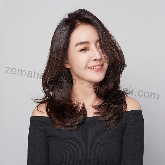 Tóc xoăn lọn to ngang vai giúp nàng trông thu hút, nữ tính kiểu Hàn