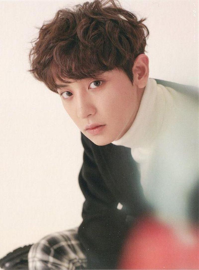 Mái ngố xoăn được idol Kpop ưa chuộng.
