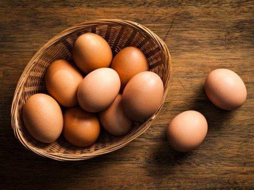 Trứng gà là một thực phẩm không chỉ bổ dưỡng cho cơ thể mà còn cả tóc nữa