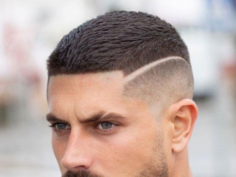 Đường kẻ ngang giúp mái tóc đầu đinh ấn tượng hơn