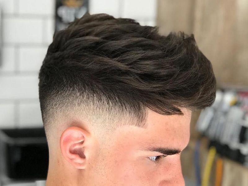 Nhiều khuyết điểm có thể được khắc phục nhờ tóc undercut