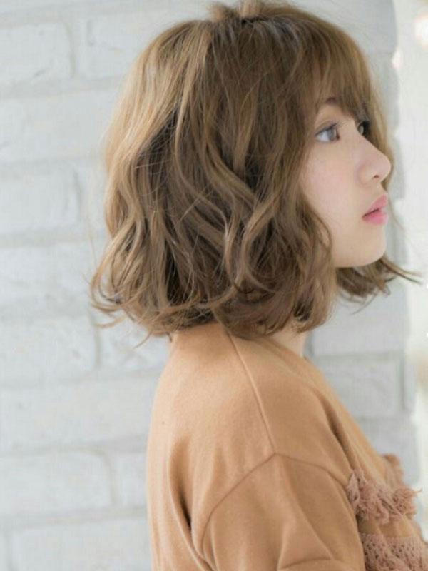 Uốn setting phát huy hiệu quả ưu điểm của tóc ngang vai