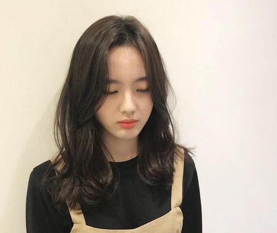 Bạn dễ dàng gây ấn tượng dịu dàng nhờ mái tóc đẹp này