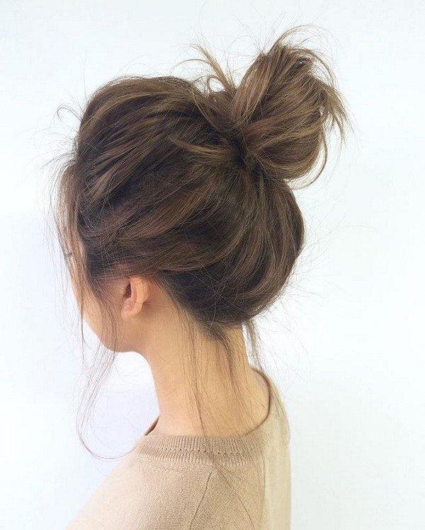 Búi xoắn là kiểu tóc đẹp phóng khoáng hiện đại