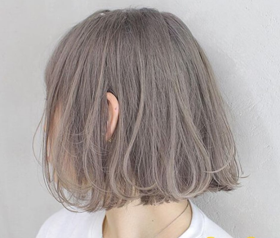 Mái tóc ngắn mang vẻ đẹp rất đặc biệt với màu này