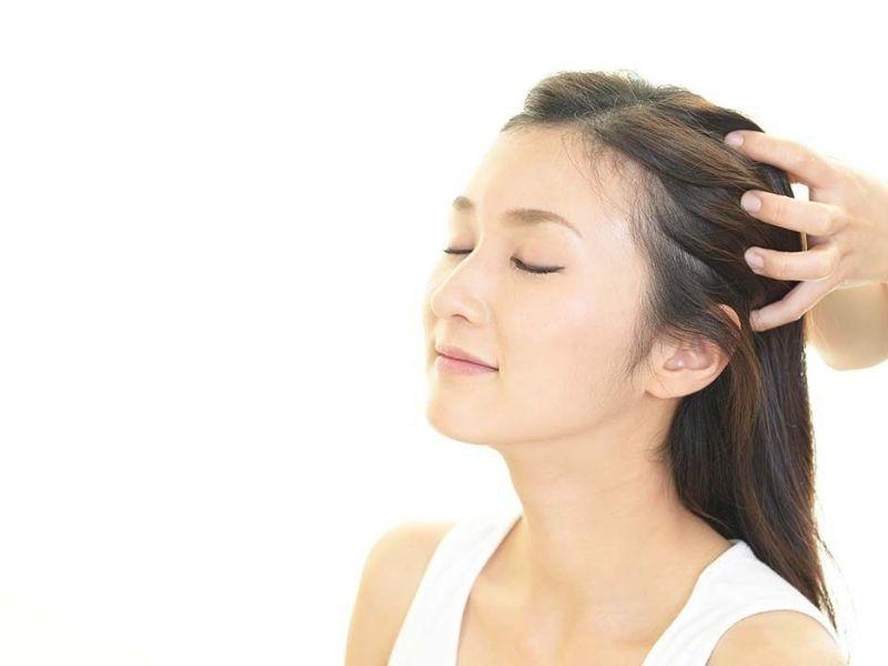 Masage da đầu vừa thư giãn tinh thần vừa tốt cho tóc