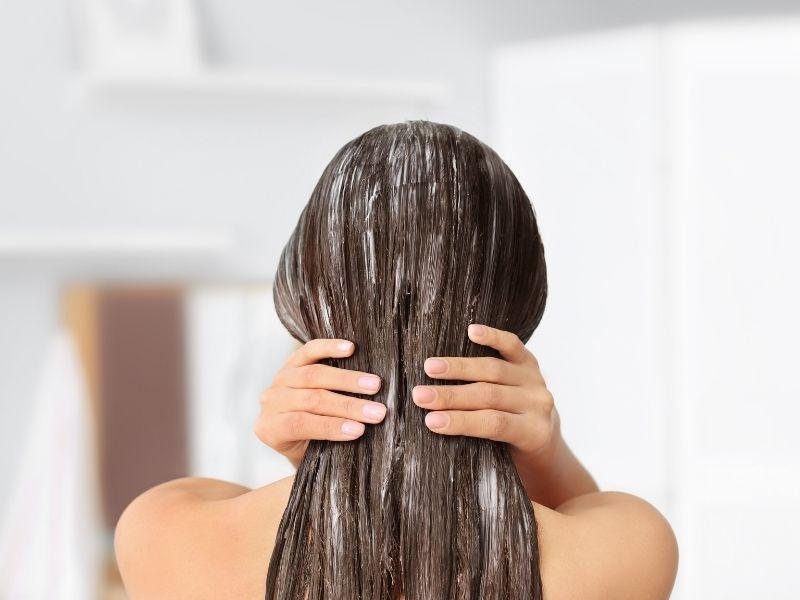 Ủ tóc bằng mặt nạ rất có lợi cho tóc