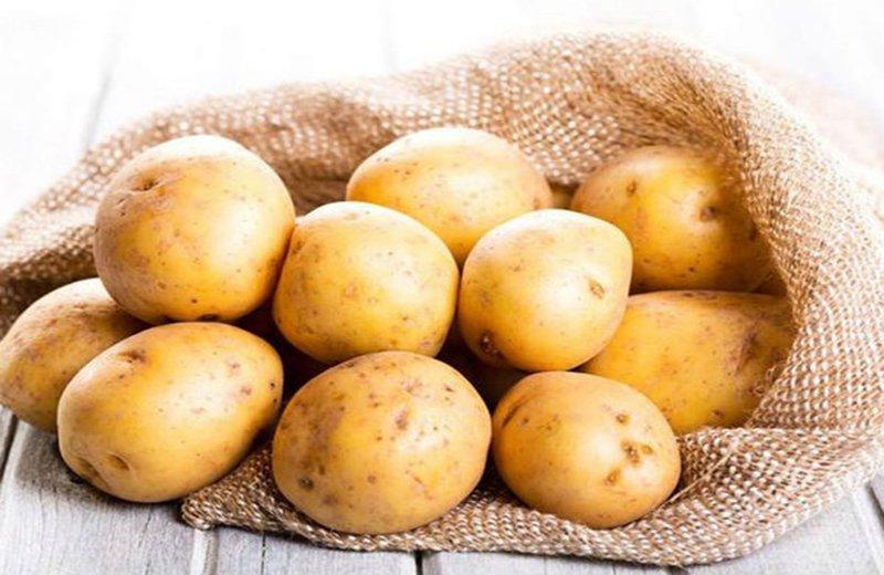Cách dưỡng tóc bằng khoai tây hiệu quả tại nhà