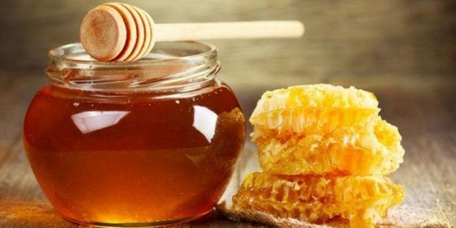 Sử dụng mật ong làm mặt nạ tóc