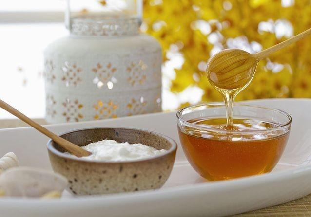 Cách dưỡng tóc bằng mật ong