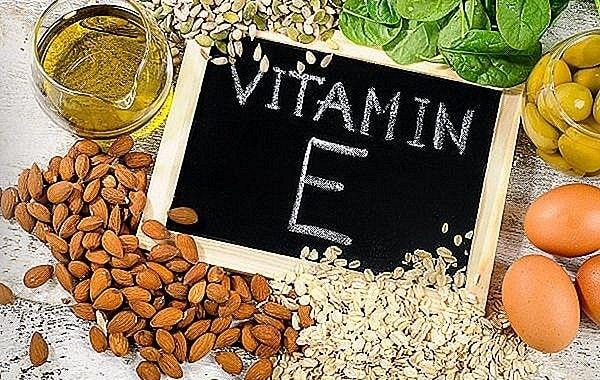Dưỡng tóc bằng vitamin e và dầu ô liu