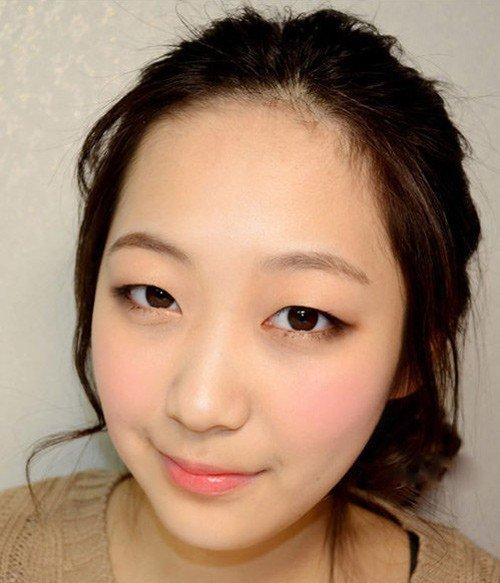 Mắt một mí nên để kiểu tóc nào thì đẹp?