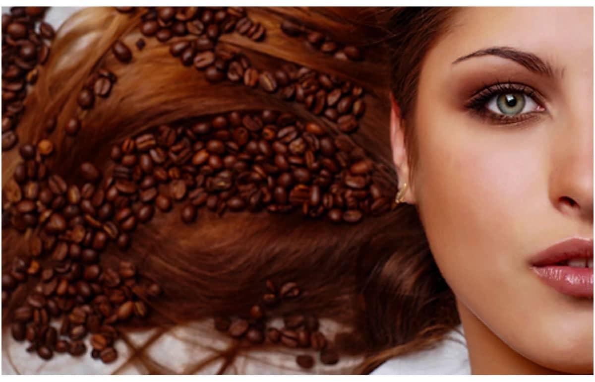 Tác dụng tuyệt vời khi bạn gội đầu bằng cà phê