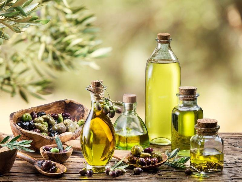 Tinh dầu oliu cực kỳ có lợi cho tóc mới và tóc cũ
