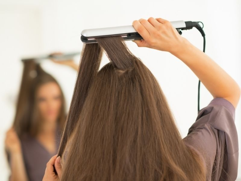 Trong thời gian này đừng tác động nhiệt lên tóc dù bằng bất cứ hình thức nào