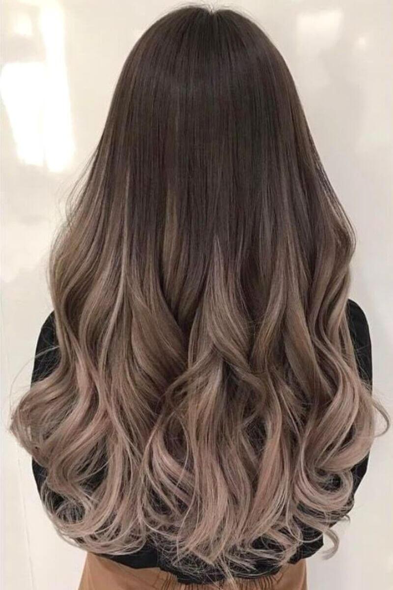 Nâu tây nhuộm ombre mang lại cho mái tóc sự sành điệu, hiện đại